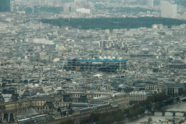1316 - Pompidou from the Eiffel Tower