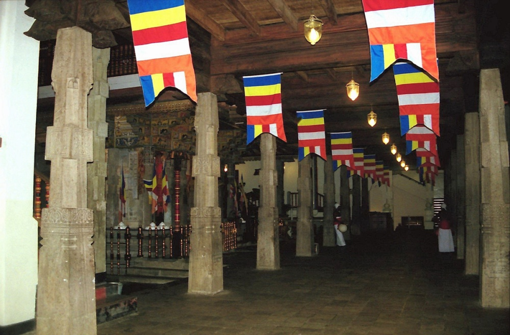 148 - Temple of the tooth Kandy