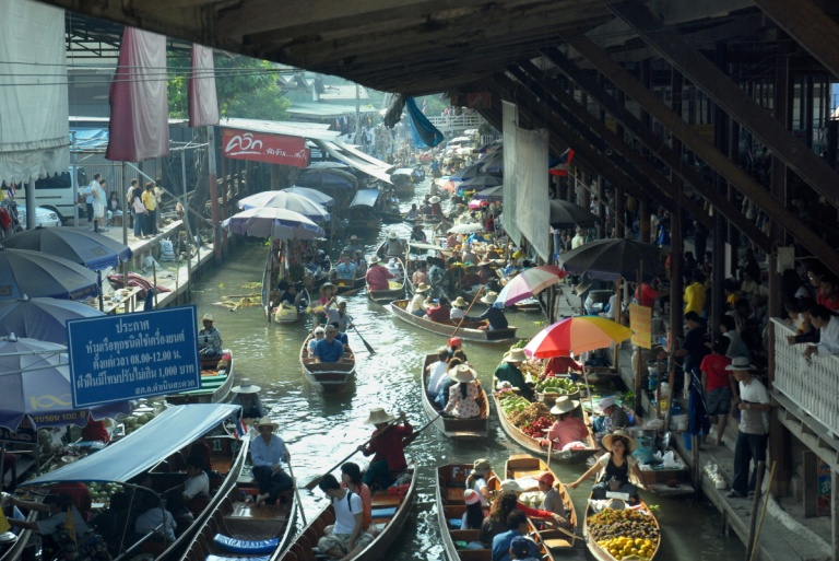 T186 - Floating Markets