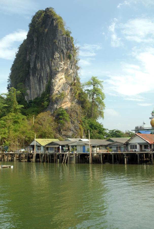 T555 - Phang Nga Bay Sea Gypsy village