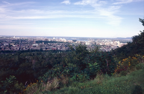 12-43 - Montreal Canada